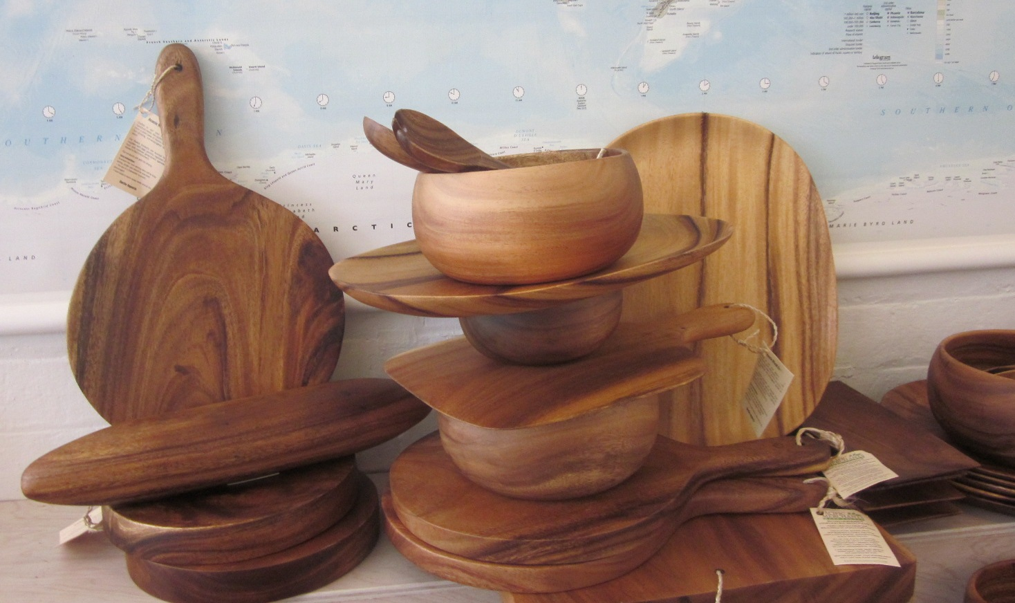 Product made from Acacia wood