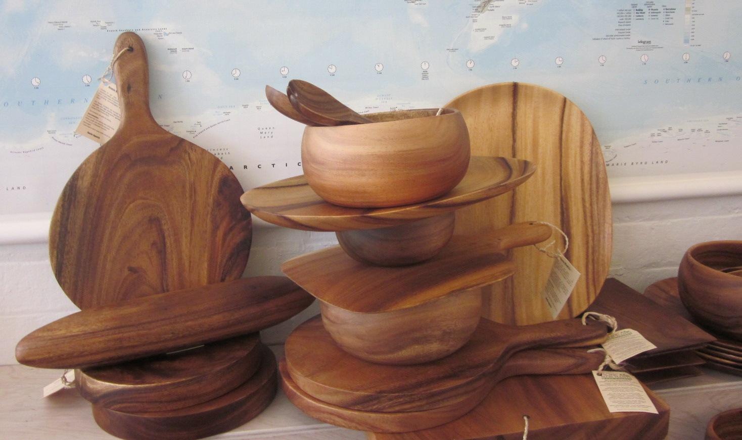 Đồ nhà bếp làm từ gỗ tràm